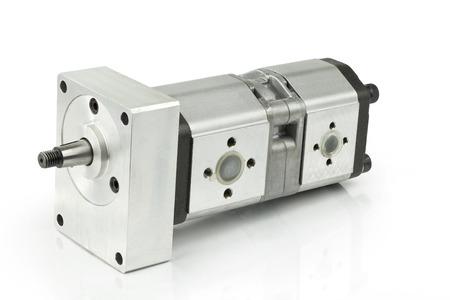 白い背景の上の油圧ポンプ 写真素材