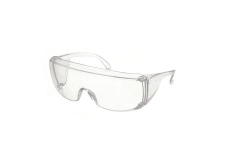 lunettes de sécurité isolé sur blanc