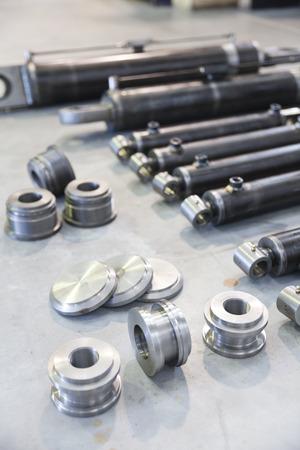 Gruppe Teile des Hydraulikkolben Standard-Bild - 39436442