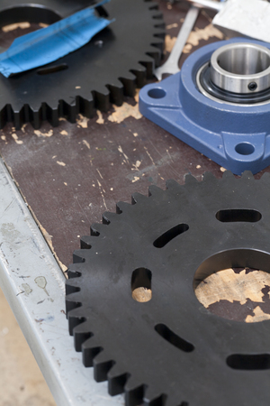 bearings: working table with gears and bearings