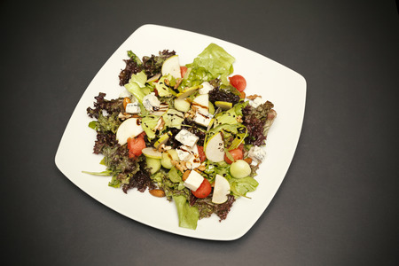 vegetable salad with gorgonzola and apples