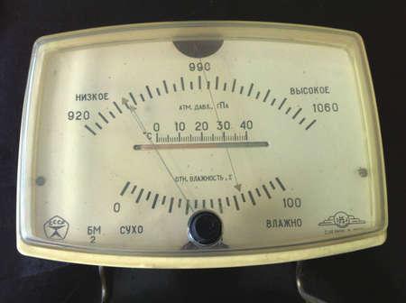 altimeter: Old barometer