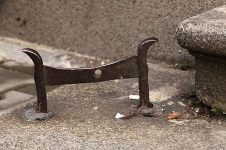 cast iron: Bulgarian cast iron vintage shoe cleaner tool
