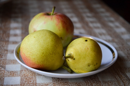 appetize: Two pears and one apple Stock Photo