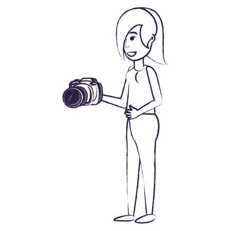 cartoon woman holding a camera over white background, vector illustration 版權商用圖片 - 112116781