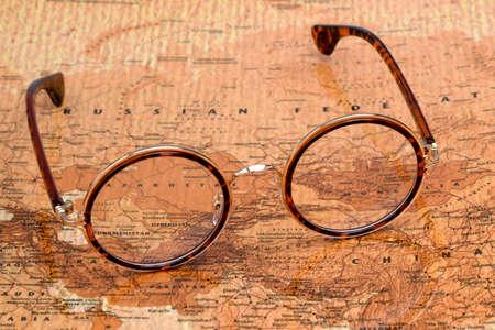 세계 - 러시아의지도에 안경