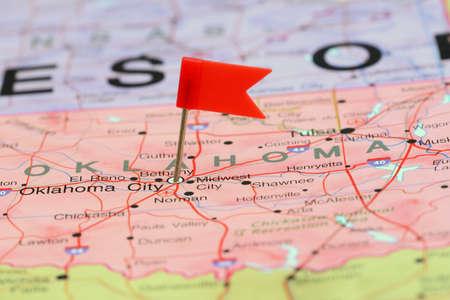 oklahoma city: Oklahoma City pinned on a map of USA