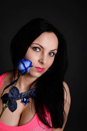 junge nackte m�dchen: sexy Frau mit einem blauen Rose