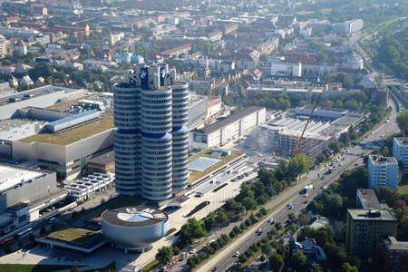 뮌헨, 독일 - 2016 년 9 월 13 일 : BMW 박물관의 공중보기 에디토리얼