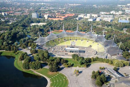 뮌헨, 독일 -2011 년 9 월 13 일 : 올림픽 공원 공중보기