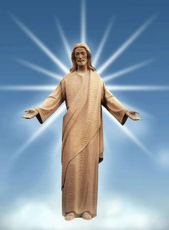 cristianismo: Jes�s de pie sobre una nube - haces de luz desde atr�s.  Foto de archivo
