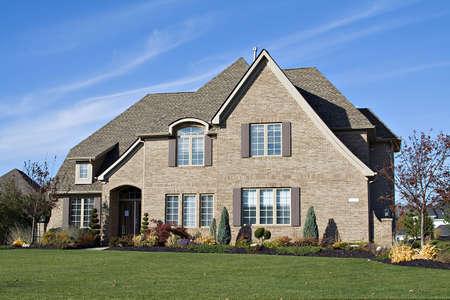 housing lot: A beautiful home in the suburbs of Ohio, US.