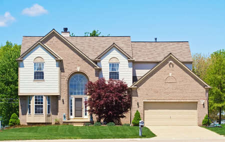 A Home in the suburbs of Ohio. Stock Photo - 3098049