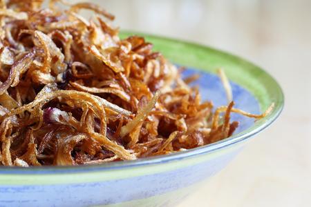 cebollas: Cebollas fritas Foto de archivo