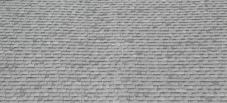 複合アスファルト屋根を砂利