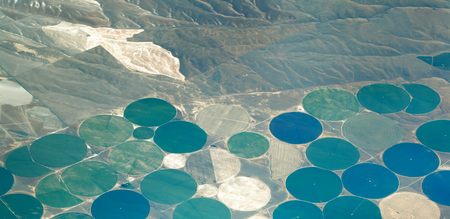 De aarde van bovenaf: Center Pivot Irrigatielandbouw