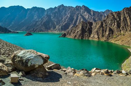 Hatta Dam Green Lake, Dubai 版權商用圖片
