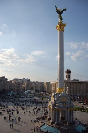 angel de la independencia: Maidan Nezalezhnosti cuadrados, Kiev, Ucrania
