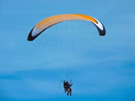 paragliding  photo