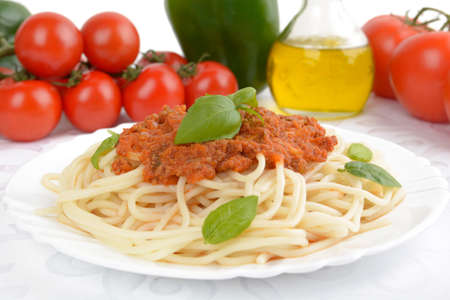 cooking oil: Cropped pasta spaghetti bolognese sauce on white background