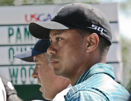 caddie: MAMARONECK, , NY - JUNE 13: Following a nine week layoff after the passing of his father, Tiger prepares to play in the 2006 US open on June 13, 2006 in Mamaroneck, NY. He missed the cut. Editorial