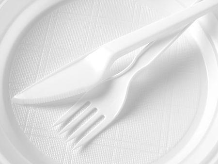 blanco vajilla desechable en blanco y negro