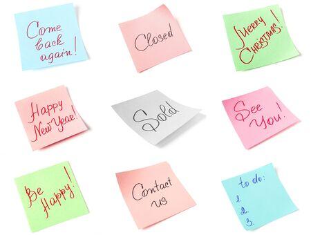 bunte Aufkleber Sammlung mit handgeschriebenen Nachrichten