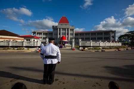 Nuku'Alofa, Tongatapu, Kingdom of Tonga - 17SEP2019 -  People of Tonga gathering for Tonga's death Prime Minister Akilisi Pohiva ceremony along the Vuna Road, Nuku'alofa, Tonga. Stockfoto - 130525142