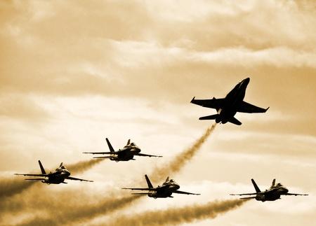 Splitting Fighter Jets Formazione Archivio Fotografico