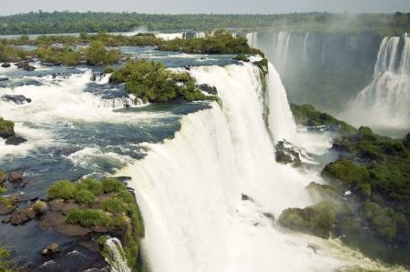 gravedad: Primer plano de las Cataratas del Iguazú