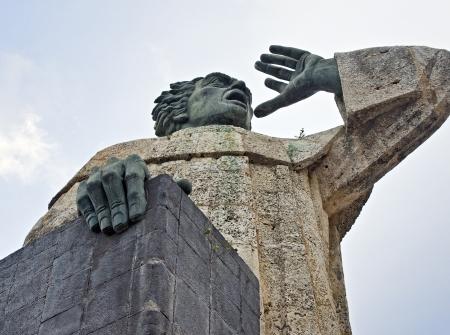 Fray Antonio Montesinos Monument at Santo Domingo, Dominican Republic Banco de Imagens - 18285630