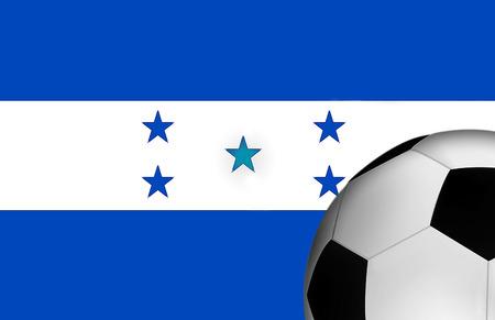 bandera de honduras: Bandera de Honduras con un bal�n de f�tbol en el primer plano