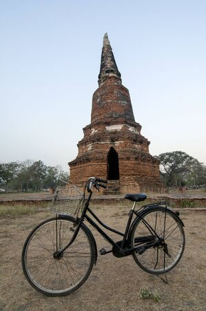 Bicycle in front of ancient asian ruins Banco de Imagens