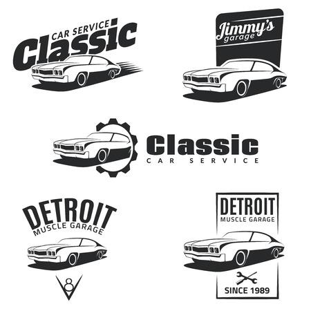 mecanico automotriz: Conjunto de coches clásicos muscular emblemas, insignias y los iconos. Servicio de reparación de automóviles, la restauración de coches y de los elementos de diseño del club coche. Vectores