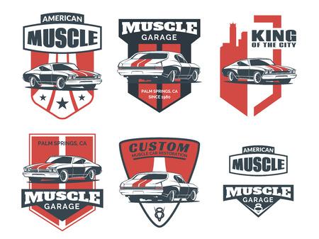 cổ điển: Đặt cổ điển biểu tượng chiếc xe cơ bắp, biểu tượng, phù hiệu và các biểu tượng bị cô lập trên nền trắng. sửa chữa xe dịch vụ, phục hồi xe và các yếu tố thiết kế câu lạc bộ xe.