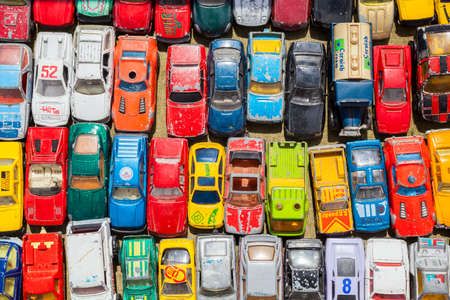Overhead photograph of old toy cars Stockfoto