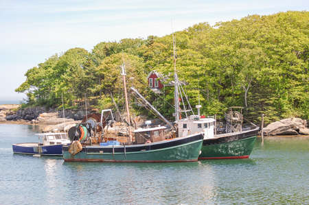 Fishing trawlers in quiet Maine harbor Reklamní fotografie