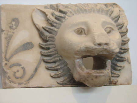 bas relief: Antique lion head bas relief