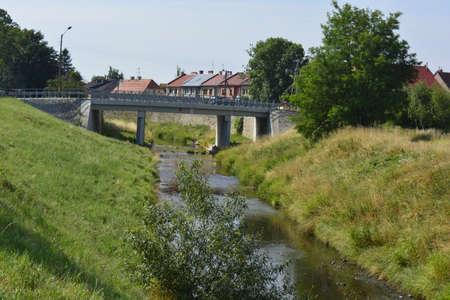 sicomoro: Un ponte vicino alla città di Sycamore Archivio Fotografico