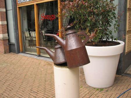 'the hague': Modern sculpture in the Hague