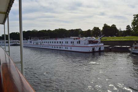 elba: Ships on Elba river