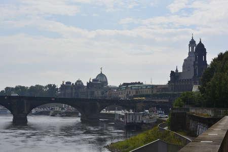 elba: Elba river in Dresden