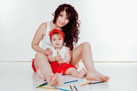 mother and little daughter painted with colored pencils Zdjęcie Seryjne