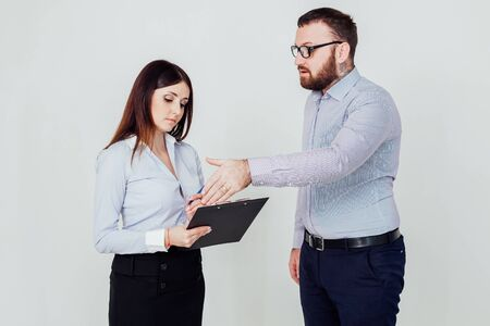 the boss tells the worker what to do in the Office 1