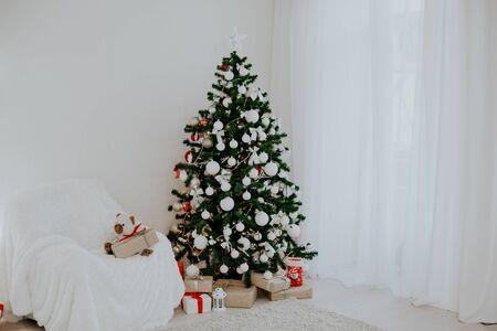 Christmas Decor 2018 with Christmas tree and gifts 1