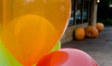 Pumpkins and balloons on Main Street in Bellevue Stock Photo