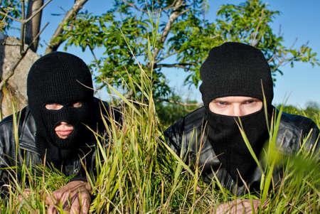 hijacker: Dos criminales est�n preparando para el robo Foto de archivo