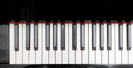 klavier: Ein Teil der Klaviertasten. Draufsicht.