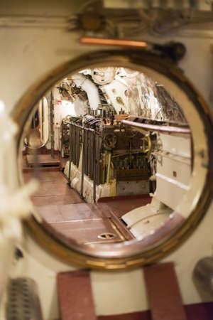 Inside of onderzeeër. View of dieselmotor. Stockfoto