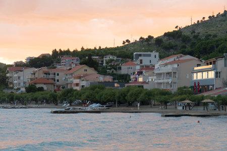 Villaggio del Duce al tramonto in Croazia. Editoriali